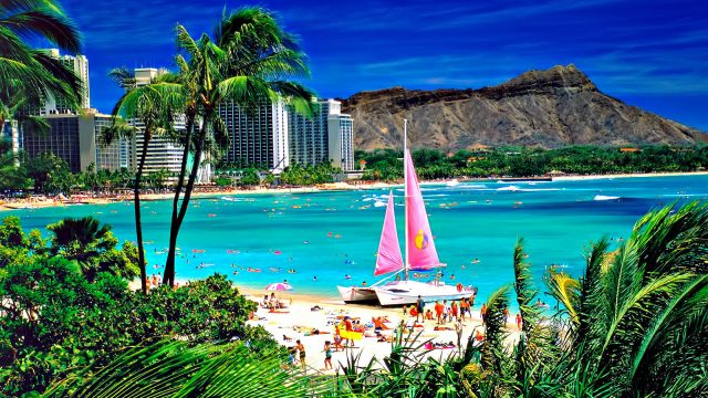 Hawaii, USA - Five Romantic Hideaways for a Luxury Destination Getaway