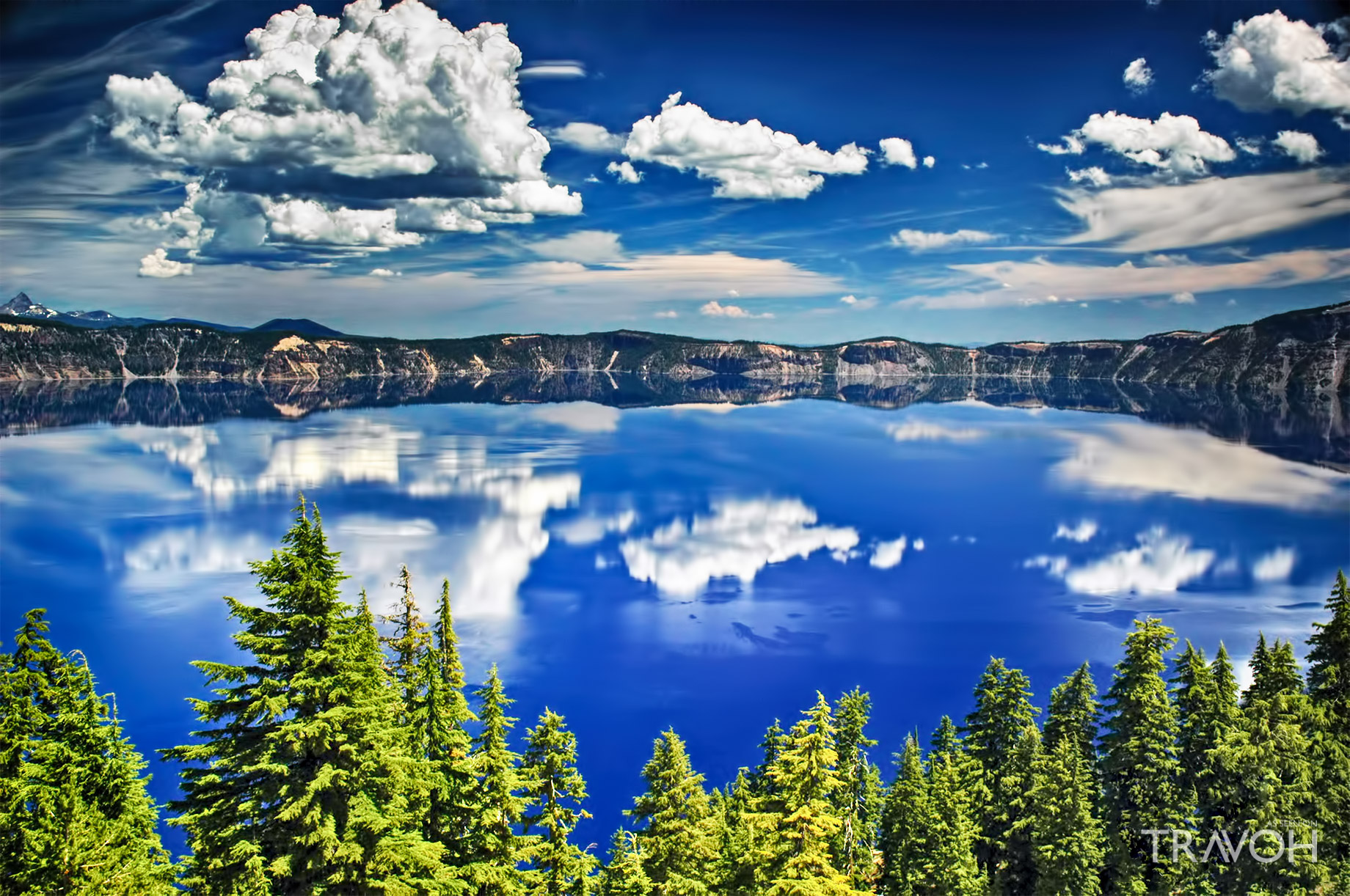 Beautiful Crystal Clear Reflections at Crater Lake in Oregon, USA