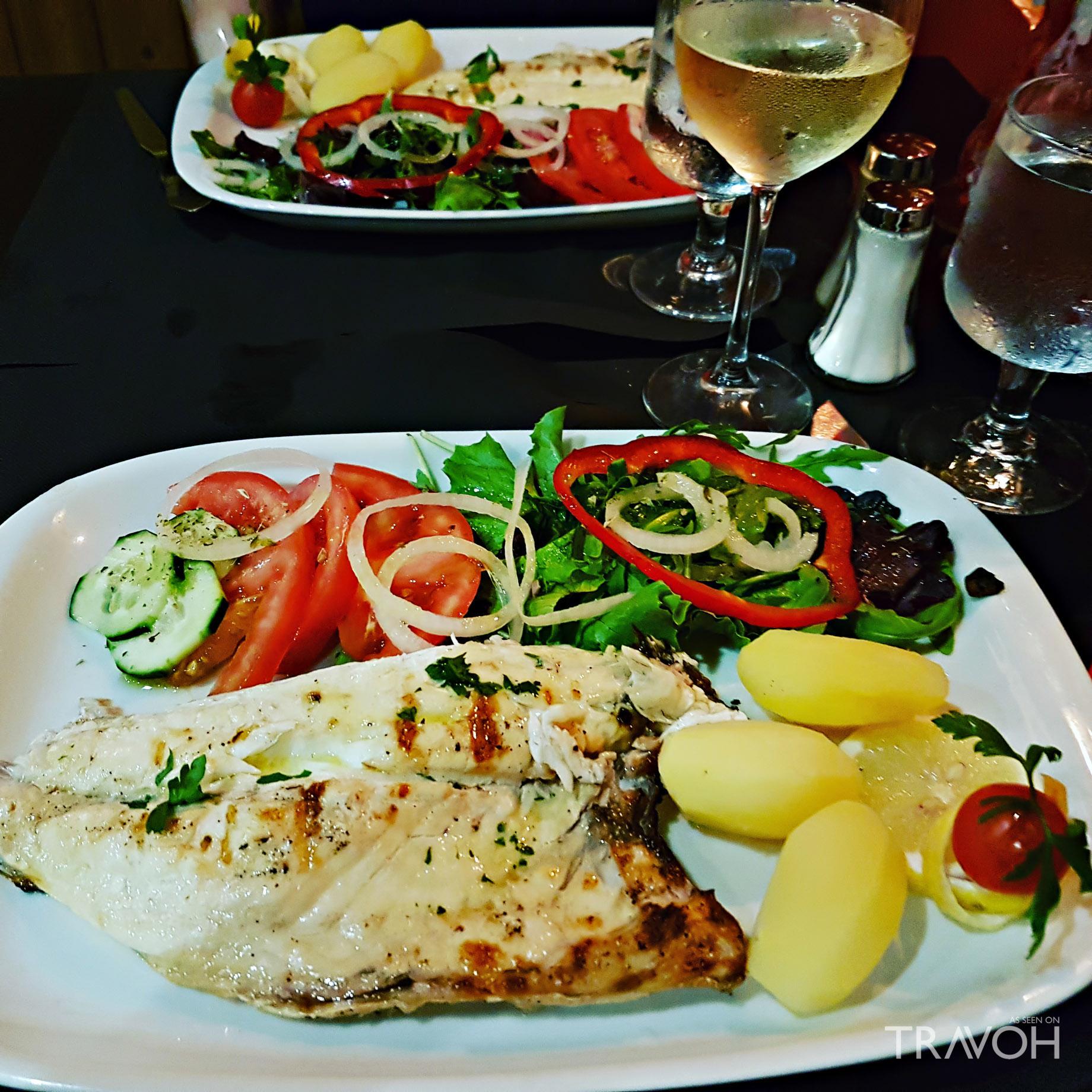 Os Arcos Restaurante - R. Alves Correia 25, 8200-001 Albufeira, Portugal