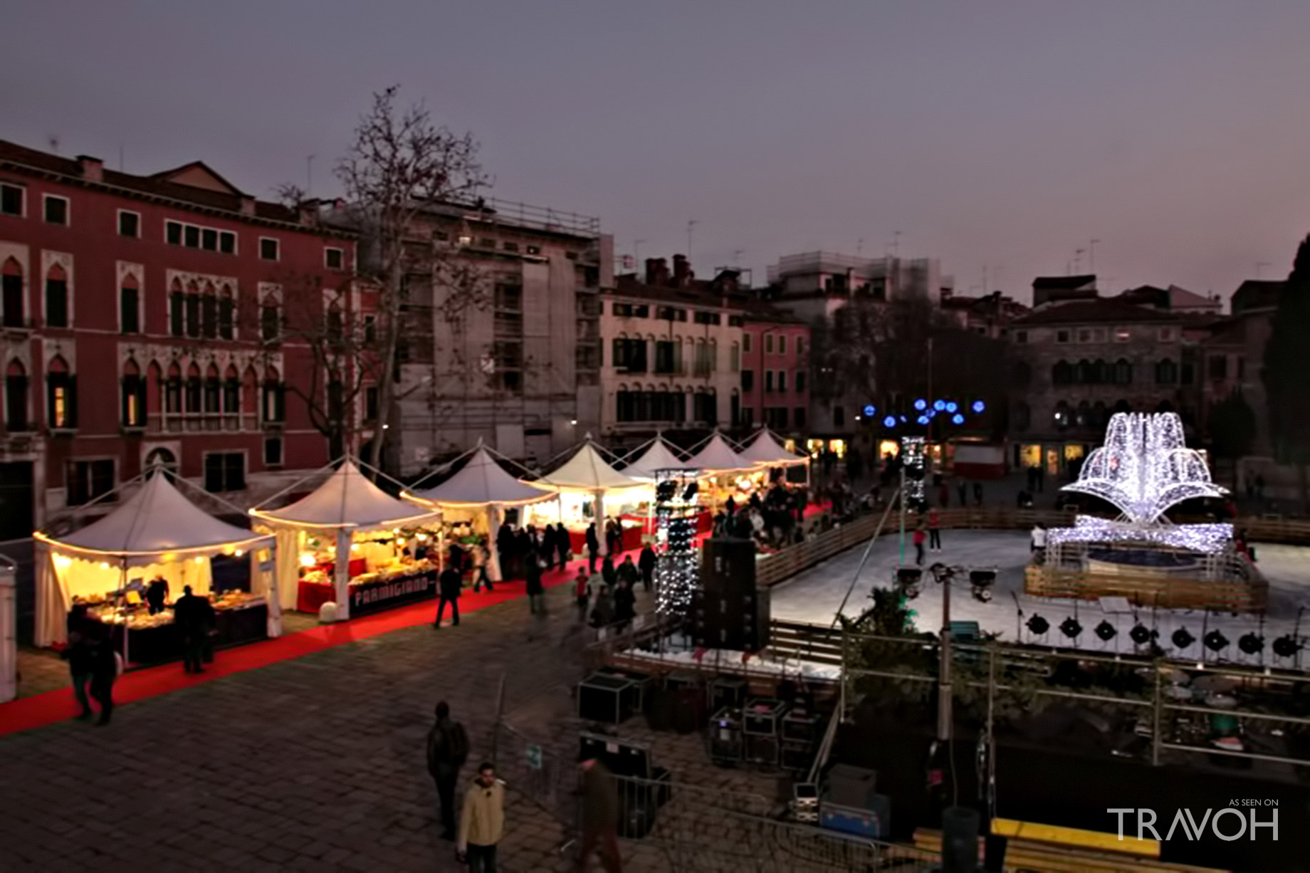 Shop the Campo San Polo Christmas Market - Venice, Italy