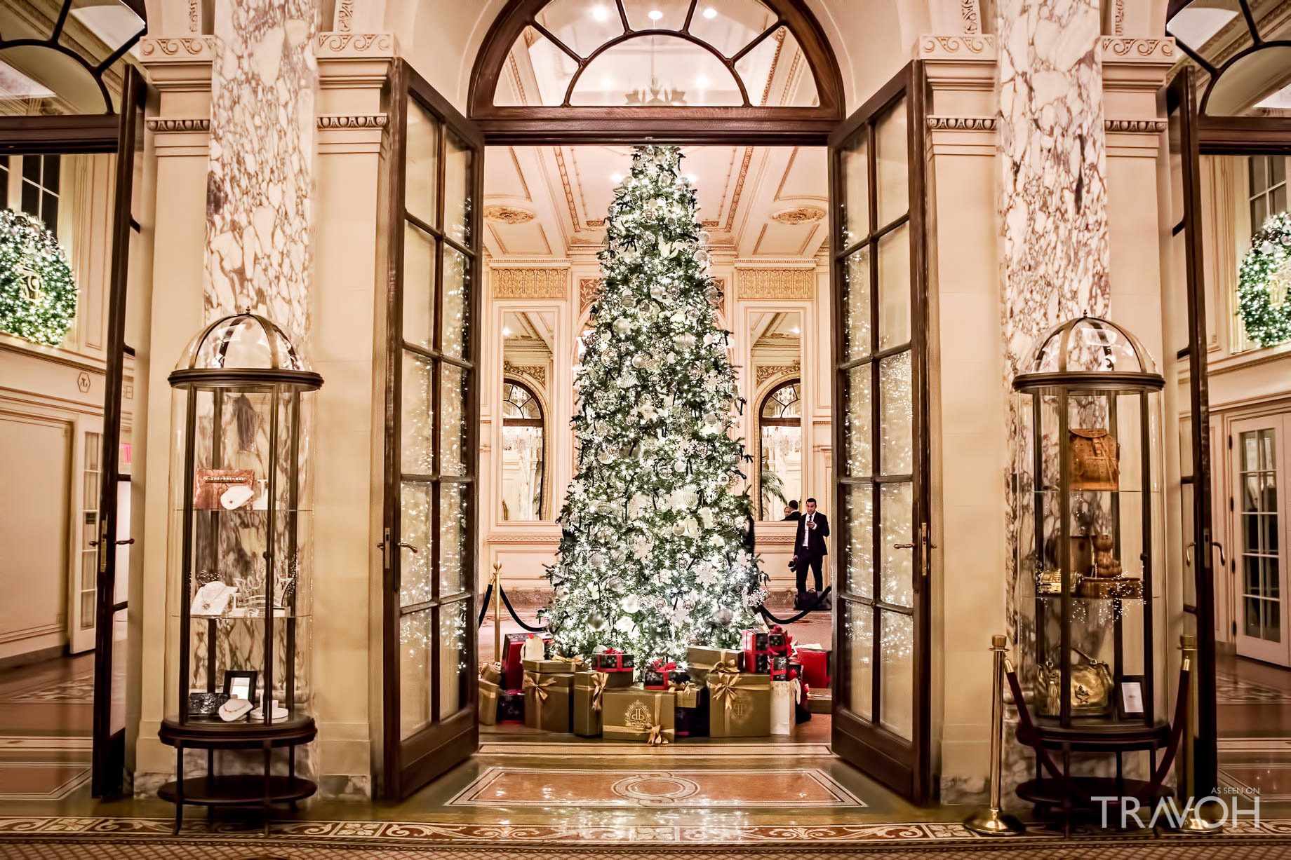 Santa at the Plaza Hotel - 768 5th Ave, New York, NY, USA