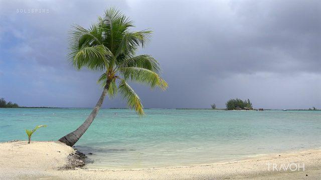 Gentle Ocean Waves, Natural Sounds, Rain Clouds, Sun - Motu Tane, Bora Bora, French Polynesia - 4K Travel Video