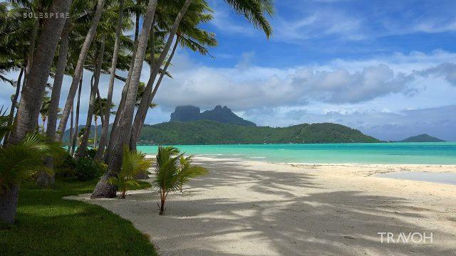 Natural Beach Sounds, Ocean Waves, Storm Wind - Motu Tane - Bora Bora, French Polynesia - 4K Travel Video